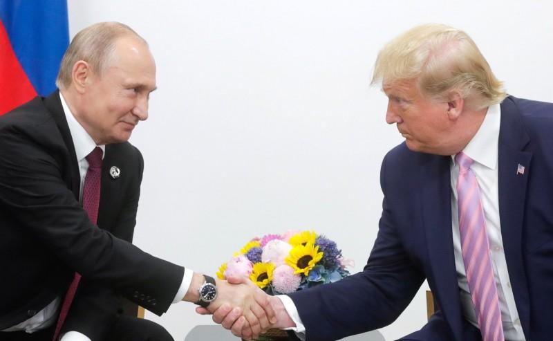 美國總統川普昨(28日)與俄羅斯總統普廷會晤,他認為普廷是個好人。(歐新社)