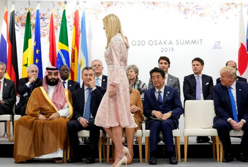 G20大阪高峰會,除了全球矚目的「川習會」。美國千金伊凡卡(Ivanka Trump)更成為全場「嬌點」。(路透)