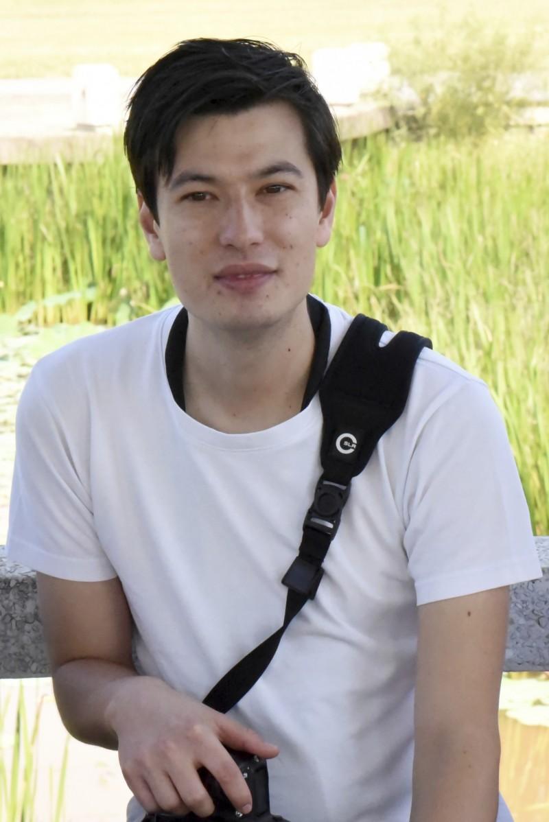 澳洲留學生希格立(見圖)近日突遭北韓當局拘押,原本被他家人暫時關閉的臉書,昨日卻突然有人將它恢復使用,直到今上午才關閉。(美聯社)