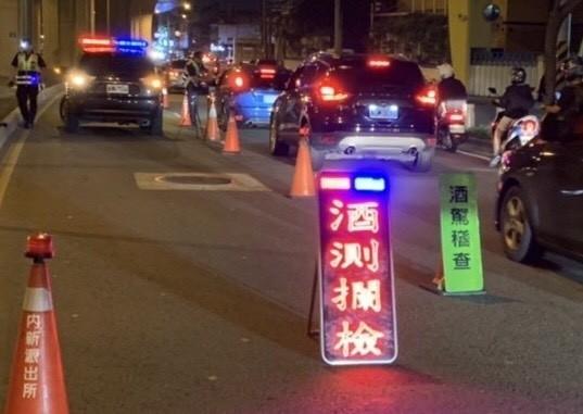 台中警方酒駕新制「大執法」,首日「連坐」開罰4名乘客,示意圖。(資料照)