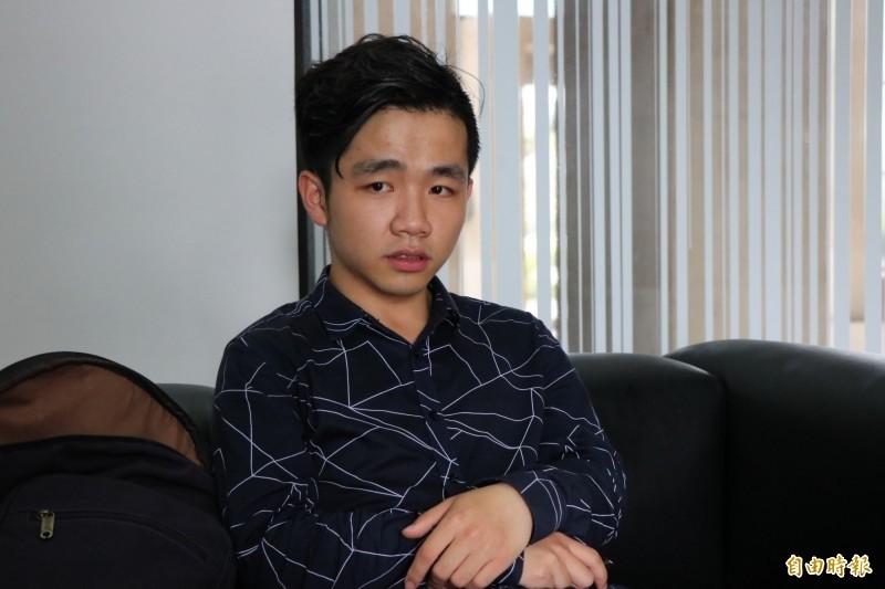 曾在網路直播批評習近平的中國學生李家寶,他的簽證在7月到期,政府已初步核予他在台停留6個月時間,並以專案研修在台停留。(資料照)