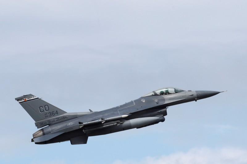 美國F-16戰機。(資料照,路透)