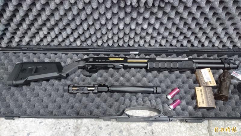 玩具槍8月起要標示,未滿14歲者禁止持有使用。(資料照)