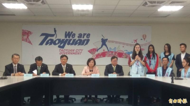 長榮航空勞資簽訂團體協約,長達17天的罷工宣告落幕。(記者方賓照攝)