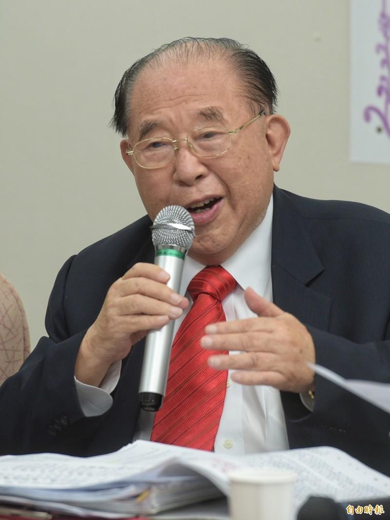 律師王可富一生追求公理與正義,儘管高齡九旬,仍經常出現在媒體版面上;不過,驚傳他已在上月8日過世,享耆壽93歲,並將在本月23日舉辦告別式。(資料照)