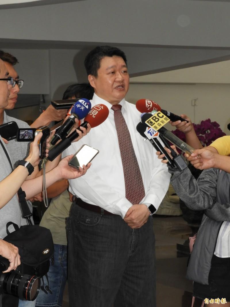 新北市議會民進黨團總召何博文受訪表示,總統很有誠意地針對議員提出的問題一一給予具體答覆,聚焦中央政策如何落實到地方。(記者賴筱桐攝)
