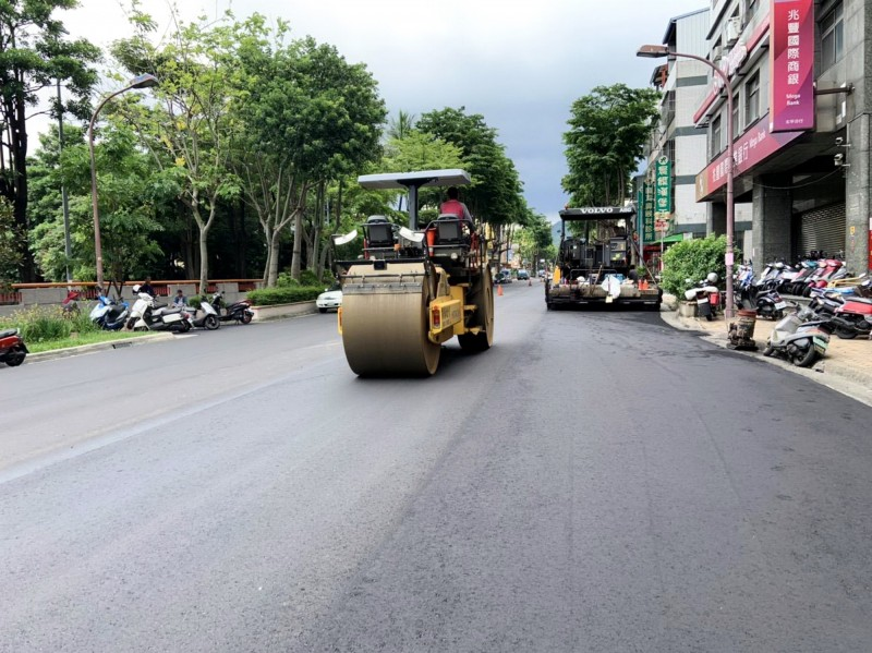 台中市今年路平工程目標值為80公里。(台中市政府建設局提供)