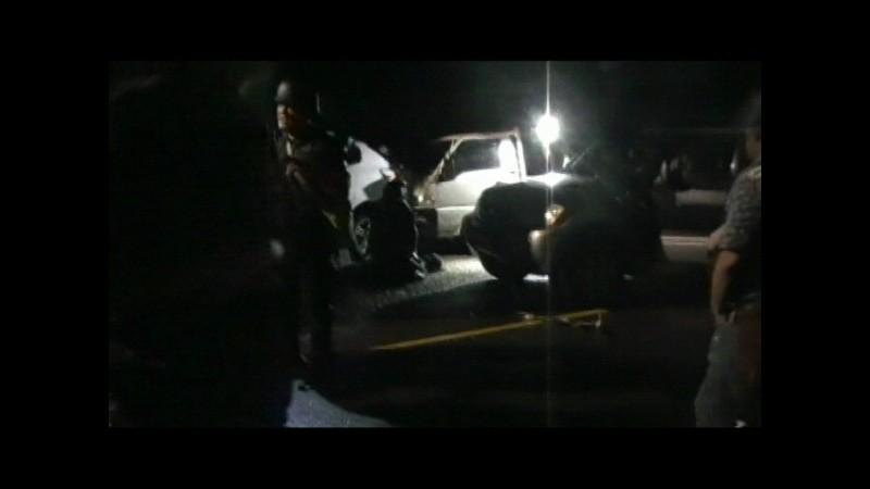 「單指」槍擊犯陳宏宗槍戰中死亡(圖中遠處),是自殺或被警察擊斃?仍須釐清。(記者張瑞楨翻攝)