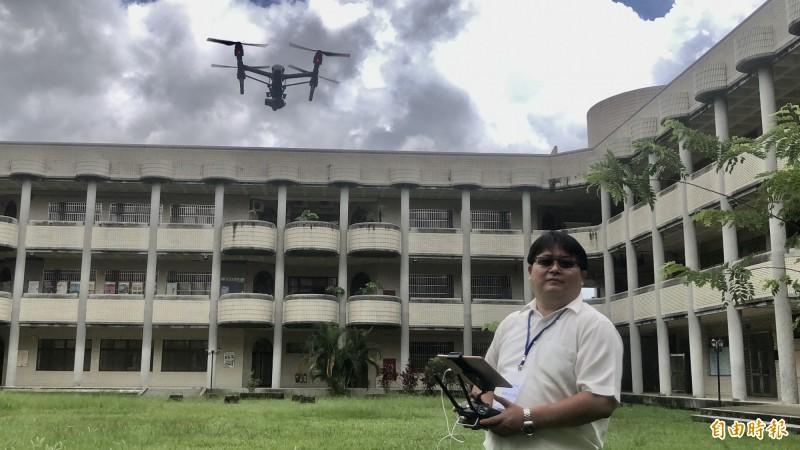 屏科大開辦無人機考照培訓班。(記者羅欣貞攝)