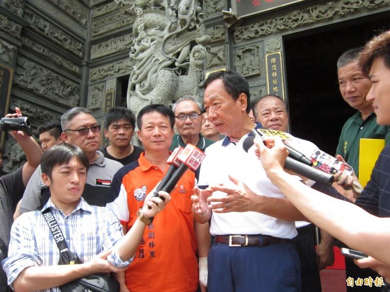對於郭柯配問題,國民黨總統參選人郭台銘說,會等到初選態勢確定後說明。(記者謝武雄攝)