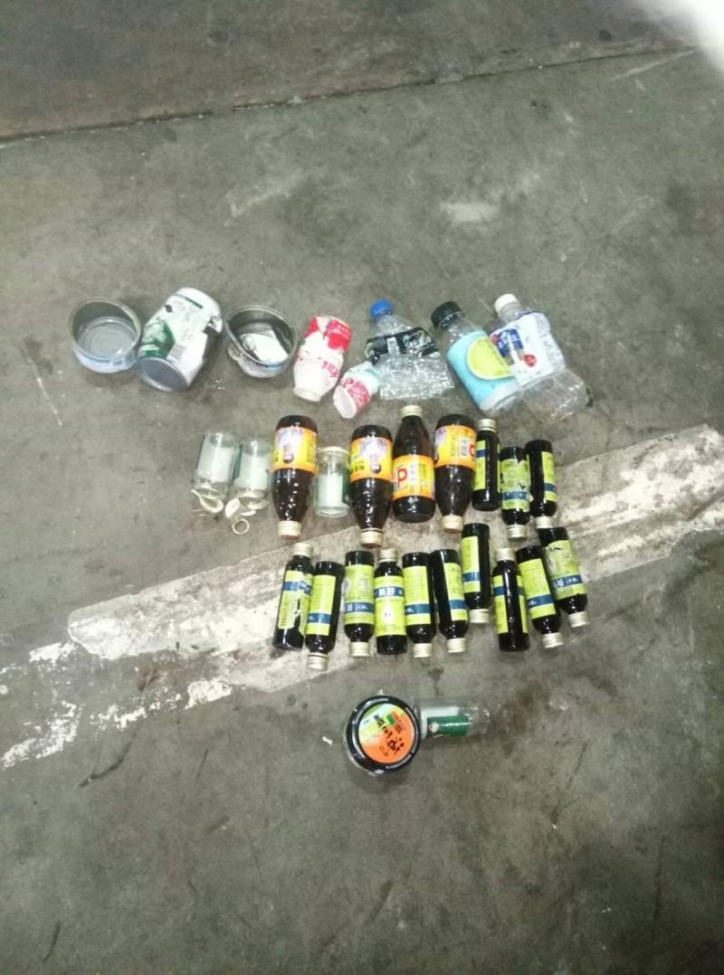 這次發現最多的可回收物是感冒糖漿、提神飲料等空玻璃瓶。(圖由埔里公所提供)