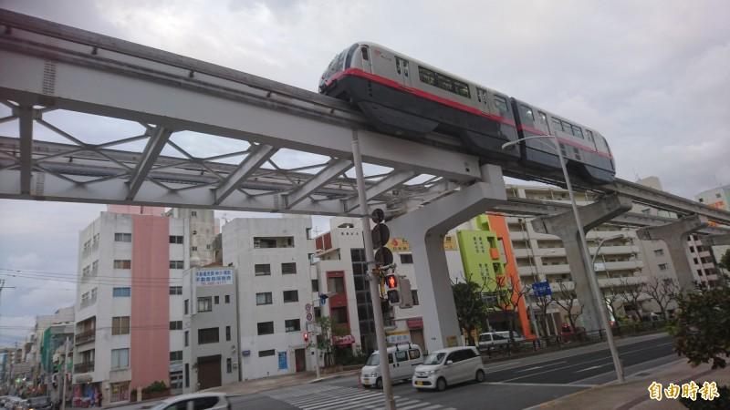 台南捷運擬採類似日本沖繩高架單軌系統。(記者洪瑞琴攝)