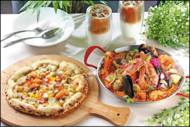 黃咖哩海陸雙拼披薩/328元(左)、漁夫饗宴重量級燉飯/698元,全麥麵團製作的手工披薩,以咖哩醬汁調味,加了季節海鮮、綜合蔬菜等,即使冷了麵團依究有咬勁;燉飯以番茄醬汁為基底,有北海道生食級大干貝、海蝦、紅蝦、蛤蜊等海鮮料,入口滿溢鮮香。(記者李惠洲/攝影)