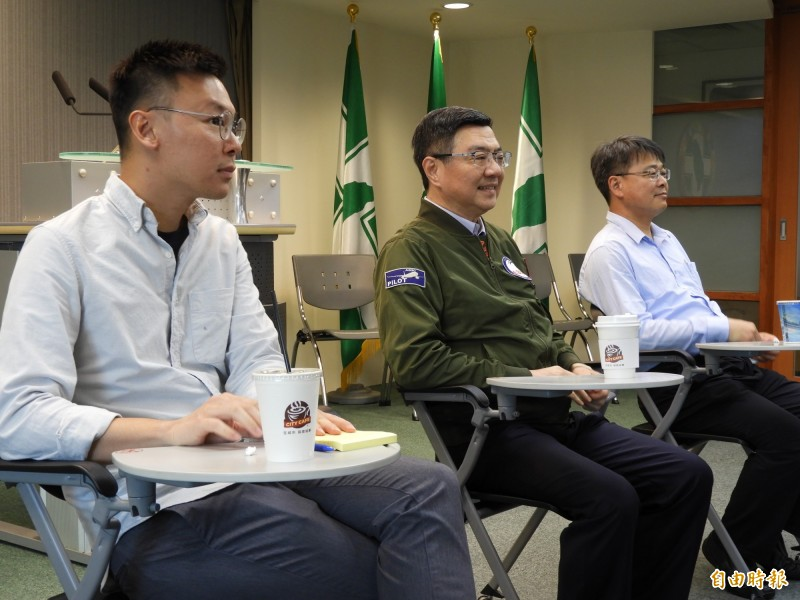 林飛帆談在民進黨上班:像進成功嶺第一天