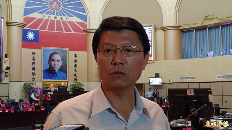 韓粉力拱接棒選高雄市長,謝龍介今說,「不要害我!」(資料照,記者蔡文居攝)
