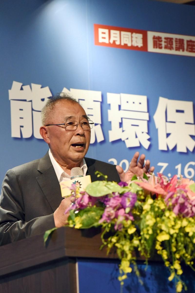 日月光文教基金會董事長曾元一也建議政府審慎評估能源政策。(日月光文教基金會提供)