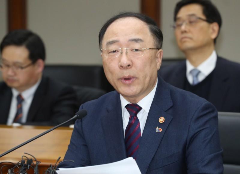 日韓貿易戰》日對韓限貿政策 韓財長:不排除對國際抗議