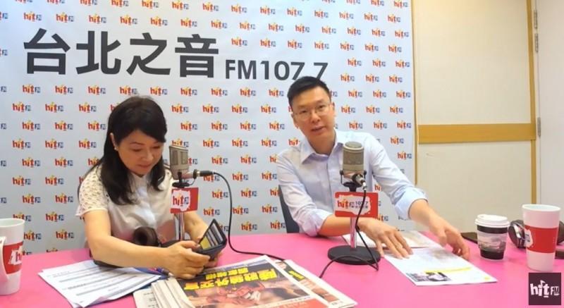 民進黨副秘書長林飛帆今日接受廣播節目訪問強調,台灣下一階段最重要是必須打造「非韓家園」,他不是很擔心韓國瑜,或中國直接入侵,而是擔心過去一項一項改革,將會全部化為烏有。(記者陳鈺馥翻攝)