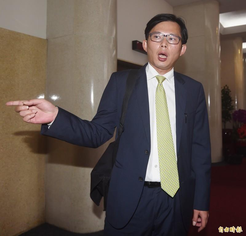 黃國昌說,建議立法院八月直接召開臨時會,完成「反併吞滲透法」、「廣電三法」、「兩岸人民關係條例」等立法。(資料照)
