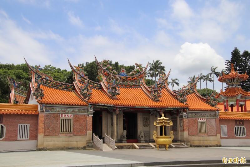 新埔義民廟的義民祭典傳承邁入第231週年,如何讓傳統跟創新各自謹守份際地共存共榮,是很多人關心的焦點。(記者黃美珠攝)
