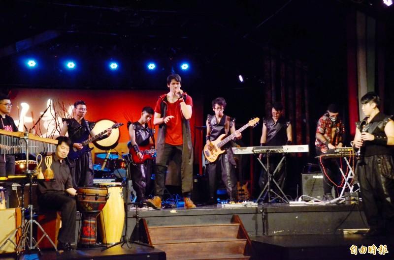 傳統十鼓也可以很搖滾 囪擊音樂祭邀法國歌手合作演出