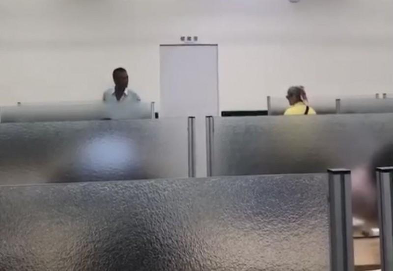 拉椅子太大聲?婦人在圖書館被毆憤提告