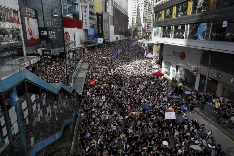 民陣再度號召港人上街遊行,呼籲就反送中期間衝突成立獨立調查委員會。(美聯社)