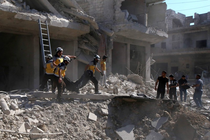 俄羅斯今日對敘利亞西北部伊德利卜省(Idlib)的一處市場發動的空襲,造成至少19人死亡、45人受傷。(法新社)