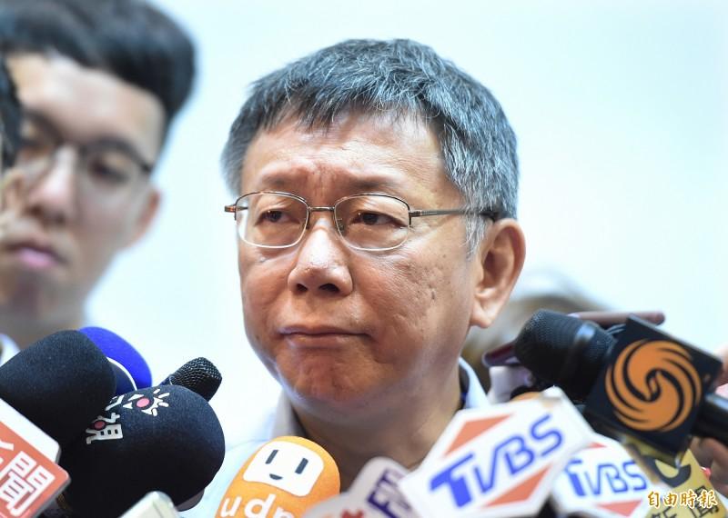 台北市長柯文哲表示,2014年台北市選舉如果民進黨打得贏,民進黨也不會讓他選,所以也是按照當時民進黨最佳利益去決定,「只是他們沒想到柯文哲這傢伙不太聽話,也不是完全照他們的意思」。(記者廖振輝攝)