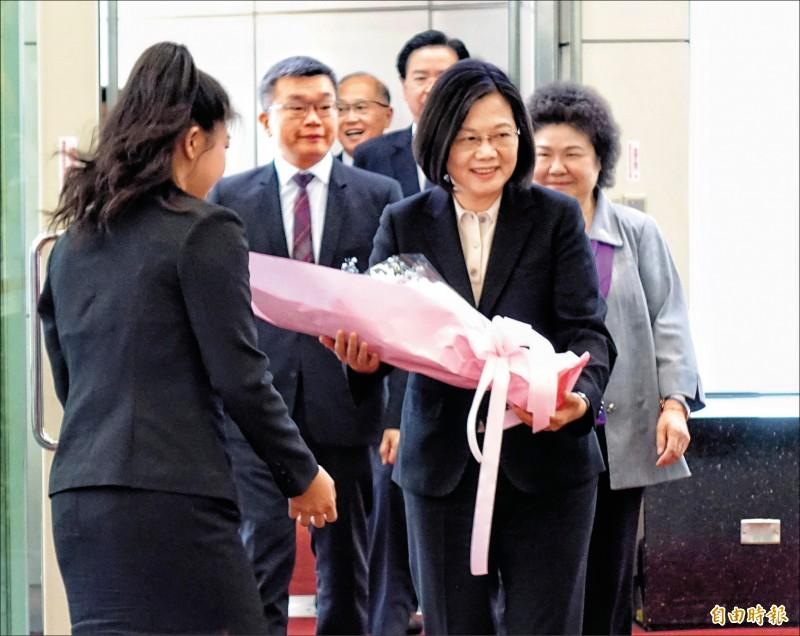 蔡:盼團結讓台灣走向世界
