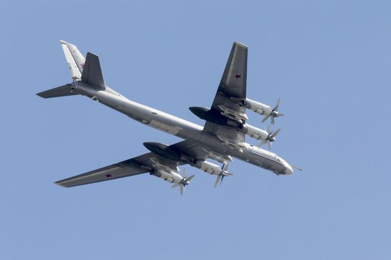 俄羅斯TU-95轟炸機與中國轟-6轟炸機一同飛入韓防空識別區。TU-95示意圖,非當事飛機。(美聯社)