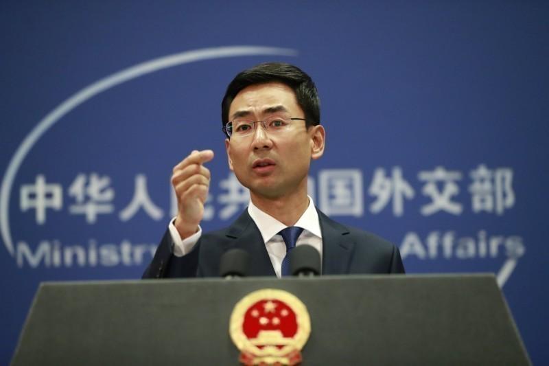耿爽不滿民進黨評論香港反送中遊行發生的暴力事件,在記者會中嗆聲。(歐新社)