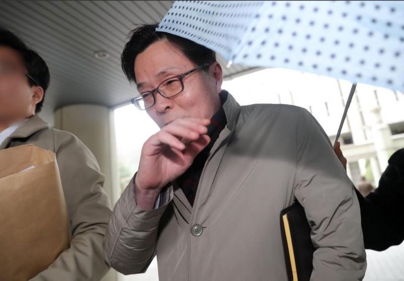 韓國前駐衣索比亞大使金文煥(Kim Mun-hwan,音譯),涉嫌強姦與猥褻等罪行,最後僅被判刑1年。(圖擷自@hanitweet推特)