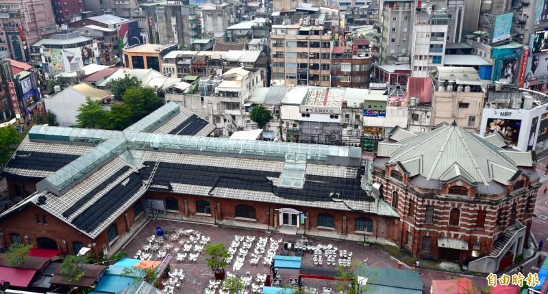 從空中俯瞰西門紅樓,可見八卦與十字架的造型。(資料照)