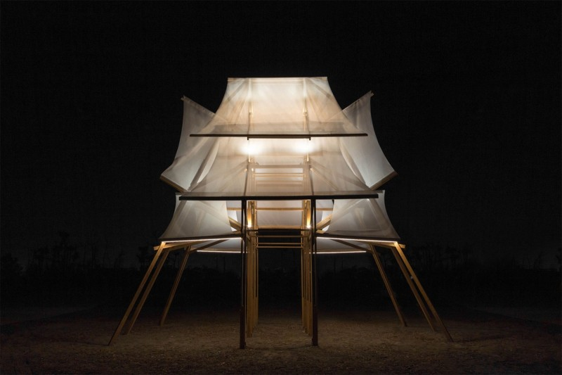 台灣燈會藝術燈區作品「帆城」,獲得德國紅點品牌及傳達設計大獎。(圖由屏東縣政府文化處提供)