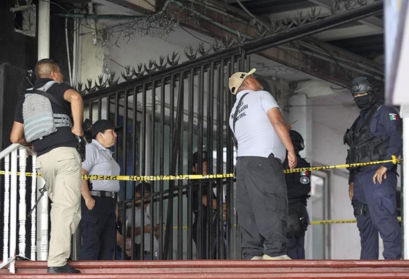 今年上半年墨西哥兇殺案達到1萬7608起,造成1萬6714人死於非命,平均一天就多達百起殺人案。(美聯社)