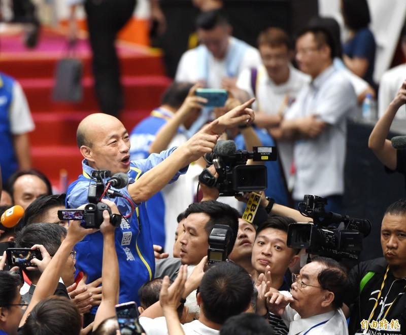 國民黨正式提名韓國瑜參加2020年總統大選,王丹對此憂心台灣民眾會出現「鄉愿」心態。(記者方賓照攝)