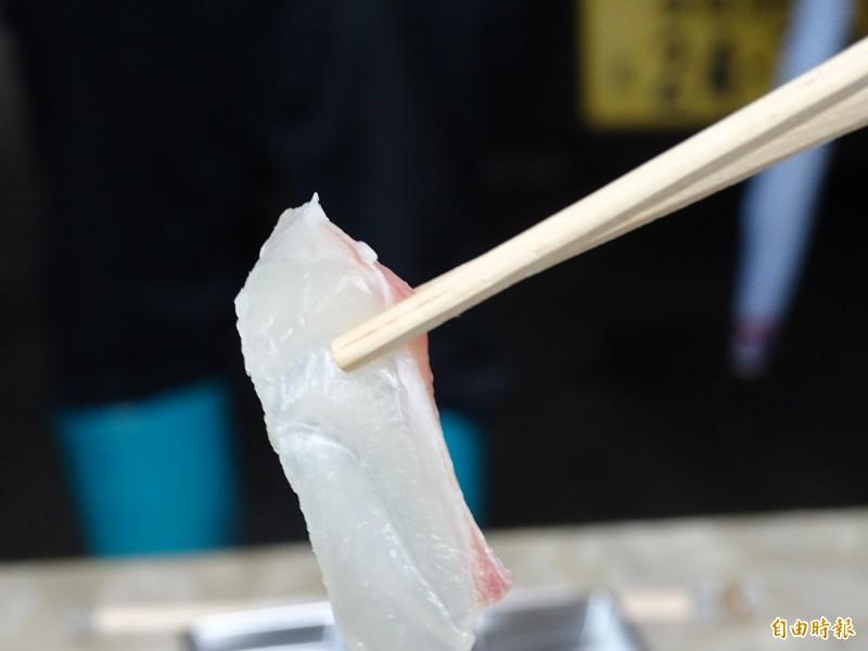 宇和島中田水產養殖的「蜜柑鯛」魚肉帶有濃濃的橘香。(記者林翠儀攝)