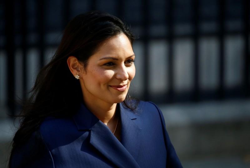 英國今(29)日起召開「五眼聯盟」會議,由英國新任內政大臣巴特爾(Priti Patel)主持。(路透)