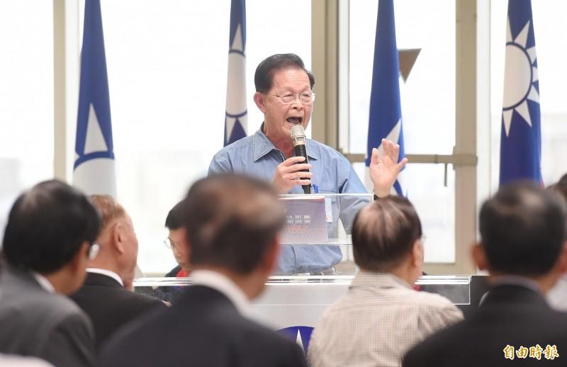 國民黨中評委趙守博在中評會上發言表示,高雄市長韓國瑜要堅強高雄市政府團隊,對於淹水問題,未來也會被檢視,他還建議韓國瑜宣示,從現在起到當選總統前不喝酒。(記者朱沛雄攝)