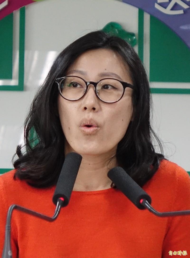 針對中國8月1日(明日)起全面停發赴台自由行通行證,民進黨發言人李明俐今回應,民主進步黨強調,兩岸旅遊不該成為「以經逼政」的老把戲。(資料照)