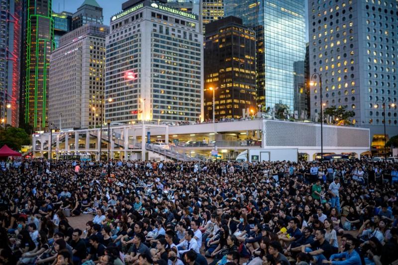 香港反送中活動將於今(3)日下午繼續上街抗爭,港府50名新聞主任發表連署聲明。(法新社)