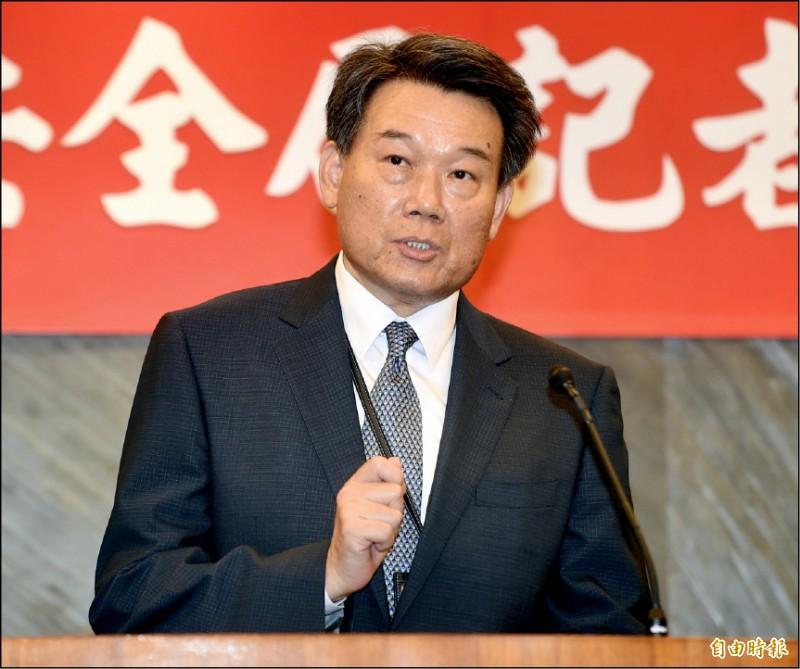 國安局政風處長劉異海說明現階段調查進度。(記者簡榮豐攝)