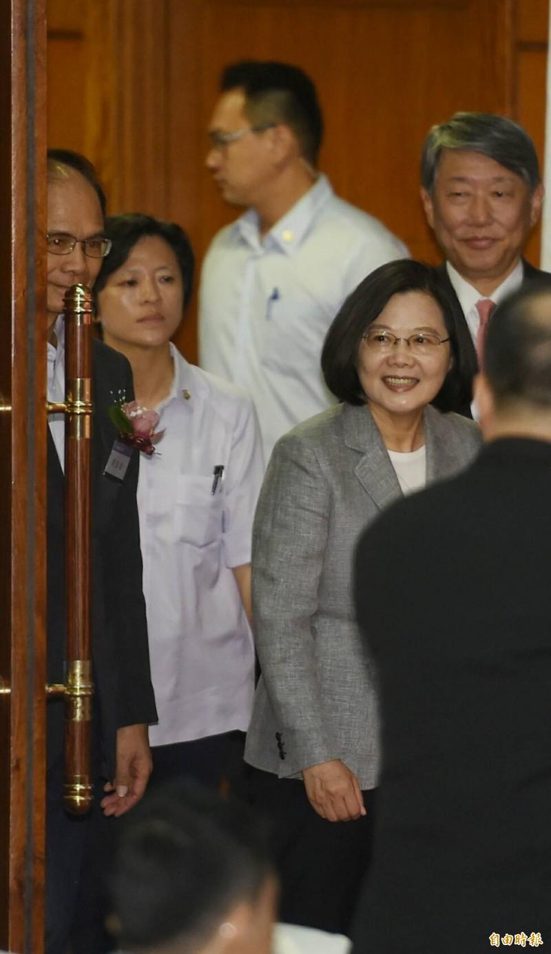 蔡英文表示,國安局換血,是她交付給國安局長的任務。(記者劉信德攝)
