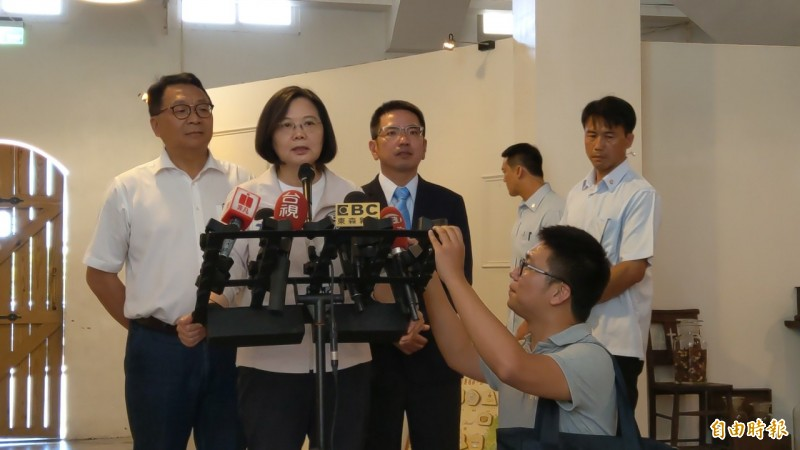 總統蔡英文今針對香港反送中運動再次聲援,呼籲香港政府回應人民期待。(記者張議晨攝)