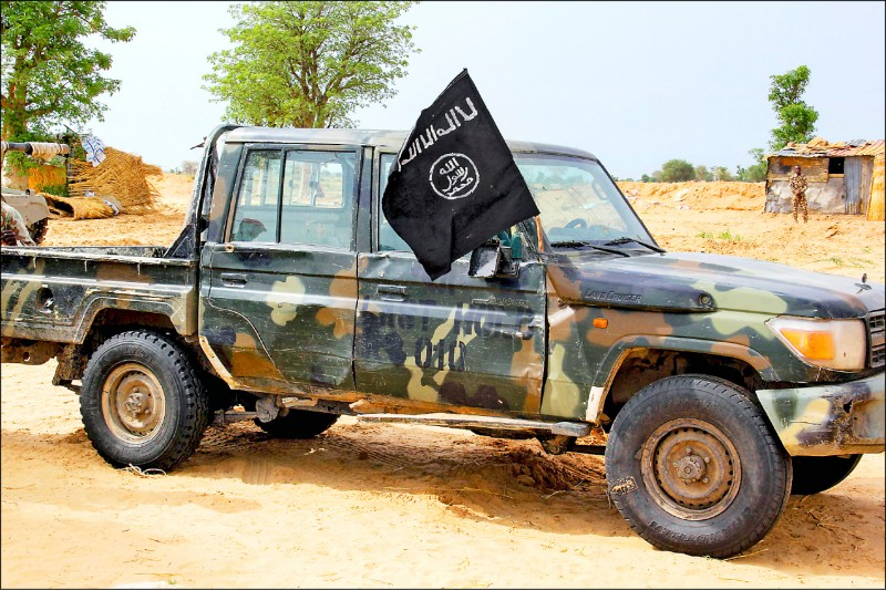IS奈及利亞分支「伊斯蘭國西非省」(ISWAP)的車輛,二日出現在東北部小鎮巴加(Baga)。(法新社)