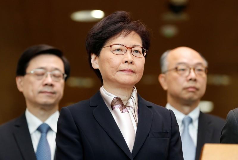 針對反送中運動與「大三罷」,香港特首林鄭月娥今召開記者會說明。(路透)