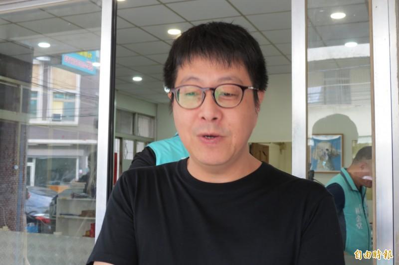 wecare高雄發起人尹立表示,韓國瑜應該是台灣有史以來唯一被提罷免2次的政治人物(記者蘇金鳳攝)