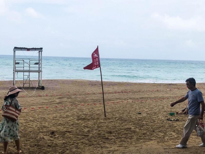 利奇馬海警封閉墾丁海域。(記者蔡宗憲攝)