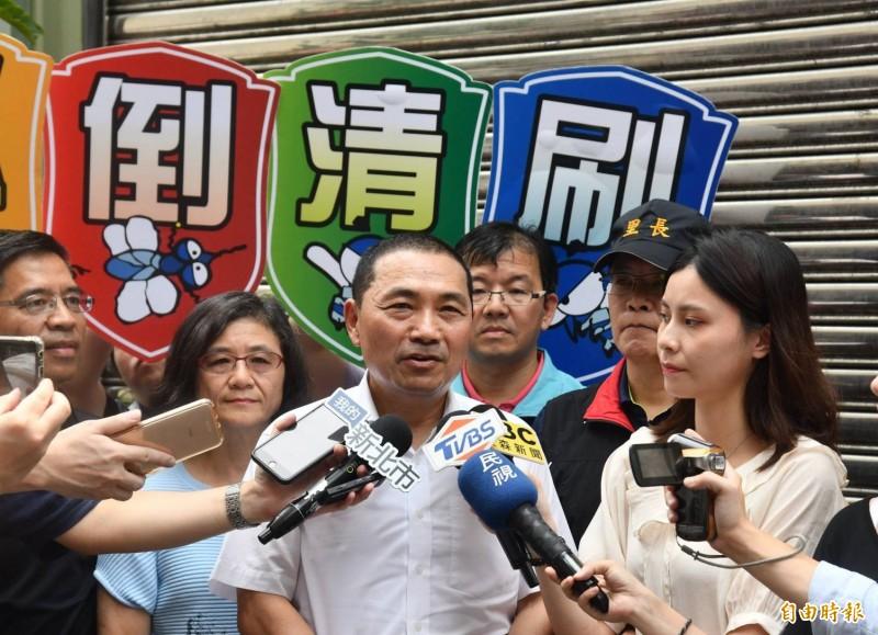 新北市長侯友宜說,民眾的心理跟應變能力,也是颱風假的重要考量依據。(記者何玉華攝)